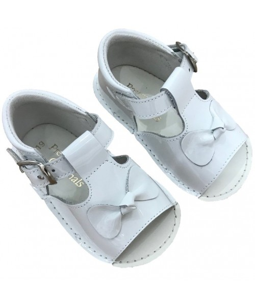 Pretty Originals White Baby Sandal With Bow